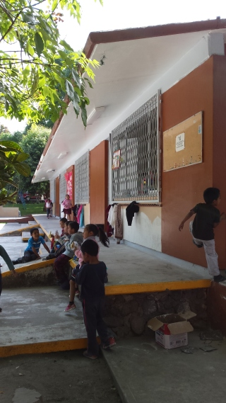 Outside of the school in Cofradía
