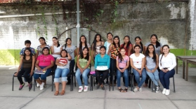 Group shot of the homework club in Suchitlán