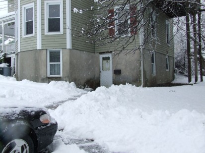 Snow in Goshen, New York (just for fun...)